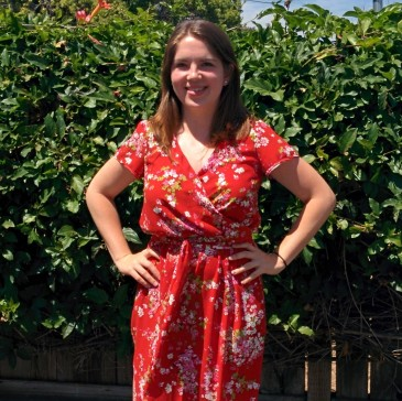 Red Floral Yaletown Dress from Sewaholic Patterns , made by Midwest Coast Sewist